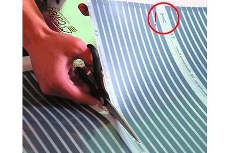 Как резать пленочный теплый пол?