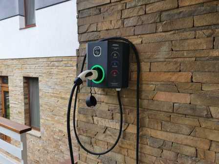 как сделать заземление для зарядки электромобиля